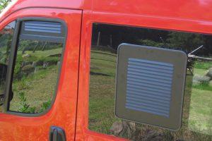 2.5 Fotogalerie Frischluftgitter Schiebefenster Fiat Ducato Artikel-Nummer 314-005003-2