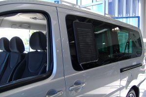 6.7 Fotogalerie Frischluftgitter Schiebefenster Peugeot Expert Artikel-Nummer 314-006003-2